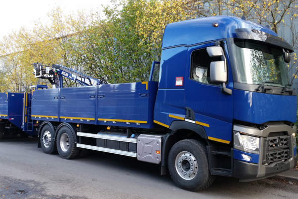 Renault HGV New Body and Crane for D Murray Services