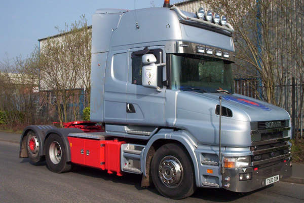 Scania 124 T cab 4x2 to 6x2 Tag Axle Conversion